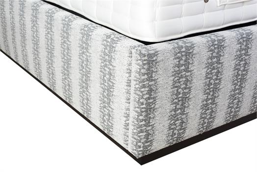 Pathe Bed & 3-Panel Headboard with Black Mattress Platform - (For 150cm x 200cm Mattress)